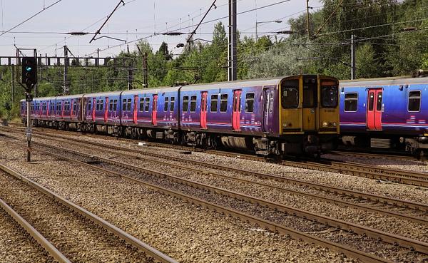 Class 313 EMU by AlanHC22