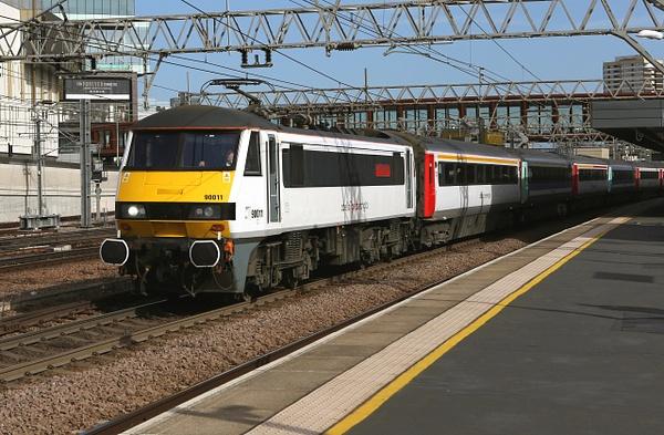 Class 90 Anglia Mainline by AlanHC22