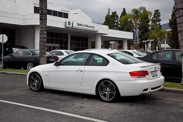 BMWmonrovia40th001