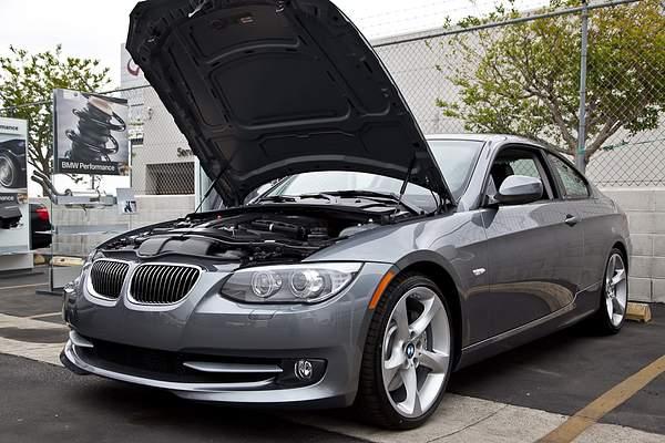 BMWmonrovia40th024
