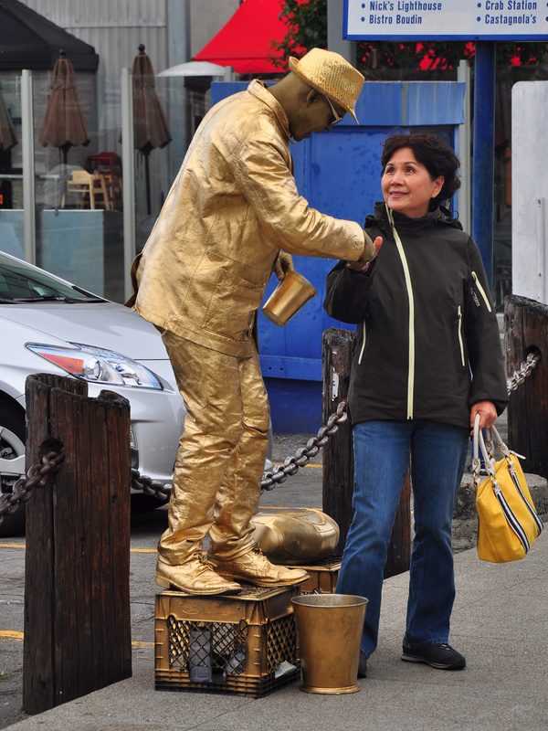 Man_in_Gold