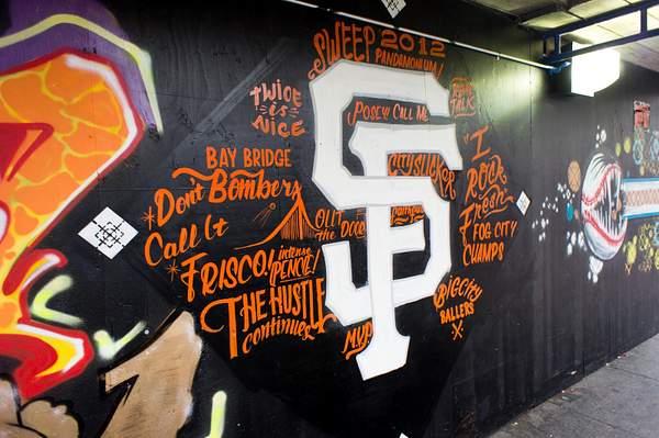 2012-10-31_SF_Giants_Parade