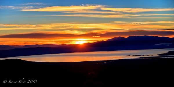 Sunrise_at_Mono_Lake_2