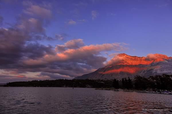 Sunset-Wateron Lake