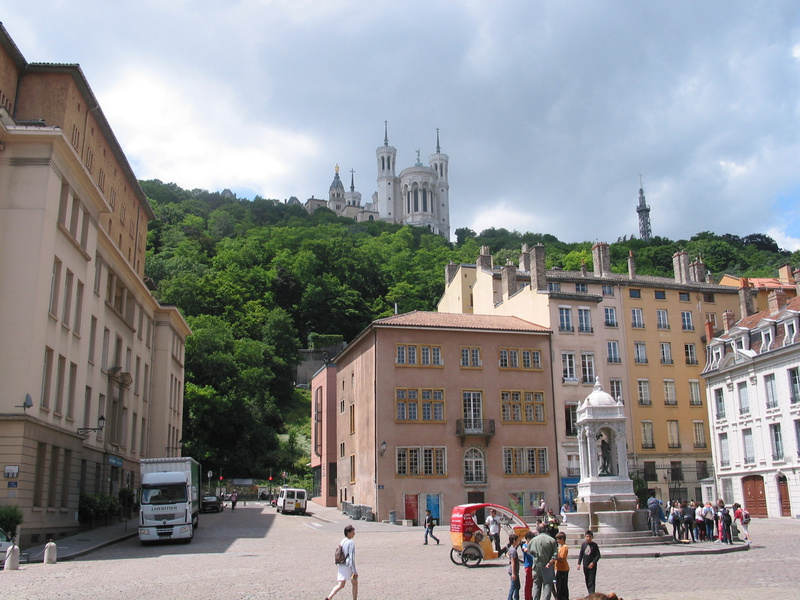 it was a steep climb up to cathedral on the hill