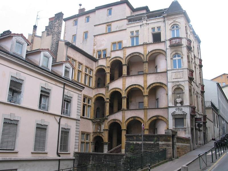 renaissance apartment building