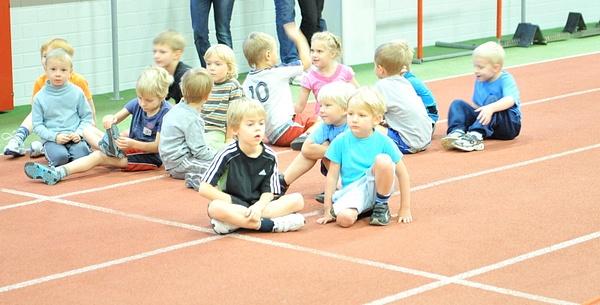 Kooli 12.sünnipäevavõistlus by Erki Noole Kergejoustikukool
