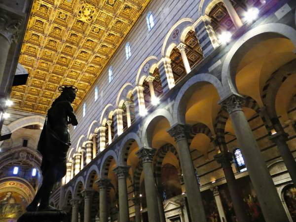 2015-10 Pisa katedrala-jezis