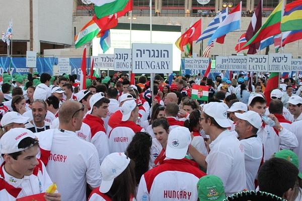 2013-07-18 17.37.45 by GergelyHaris