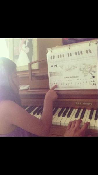 Piano lessons by CarlosSaldana724