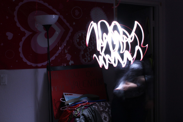 10 Light graffiti by ValeriaOmana