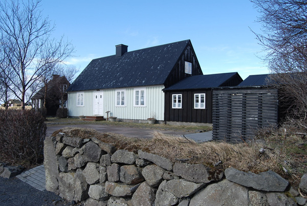 Iceland 0413 087 by Verryl V Fosnight Jr