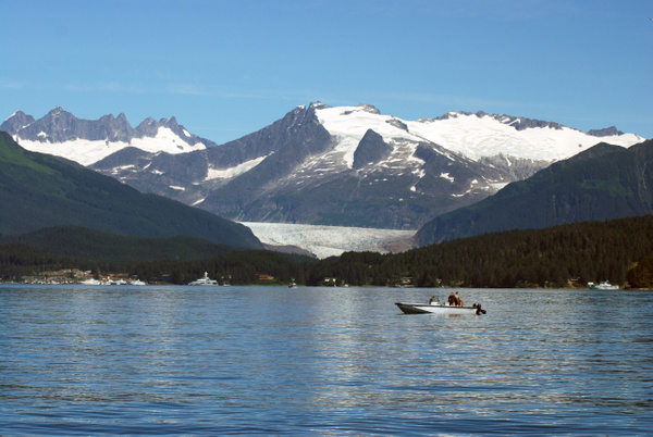 3 Juneau_WhaleWatching (56 aC) by Verryl V Fosnight Jr
