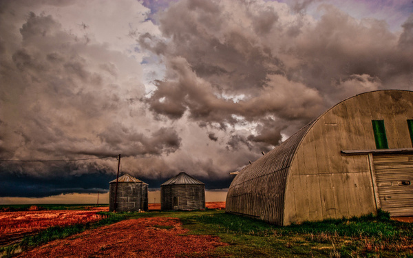Under the Storm by Gino De  Grandis