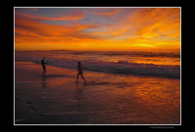 Monterey Bay, Marina Beach
