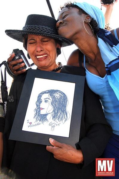 Fans, Michael Jackson Trial
