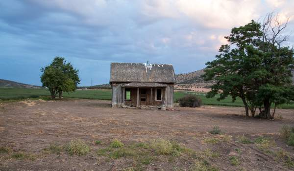 Abandoned Near Redmond - Dusk-Edit