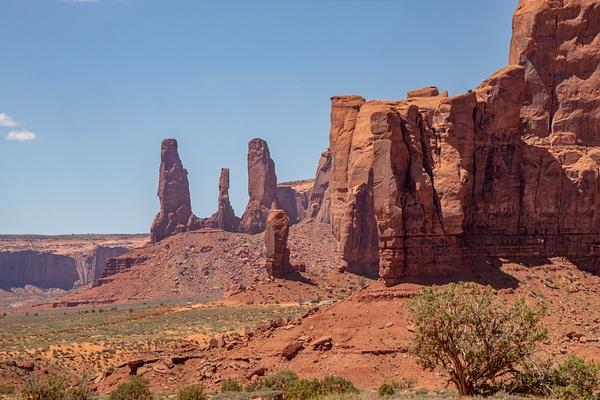 Monument Valley UT by Harrison Clark