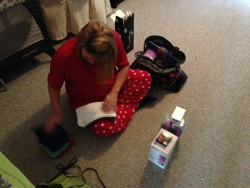 Nicole_Packing_Hospital_Bag_September_2013