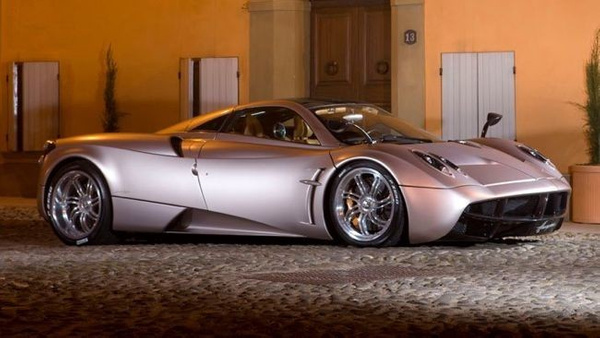 Pagani Huayra by EGARAGE by EGARAGE