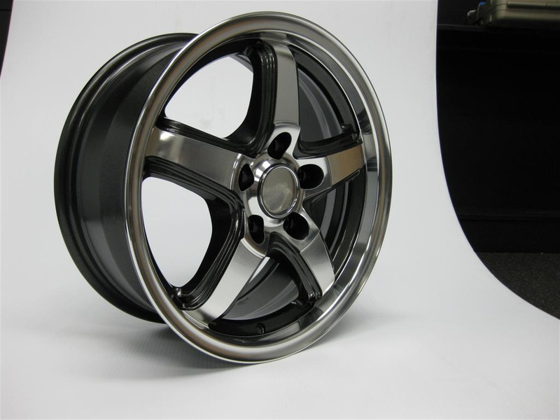 12MY_Camry_16x7_5-spoke_00041-32500_014_(Large)