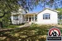 Boerne, Texas, USA Single Family Home  For Sale - En Suites for Every Bedroom