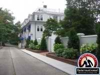 Southampton, New York, USA Apartment For Sale - Gracious Pied A Terre by internationalrealestate