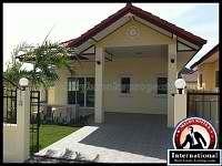 Pattaya,_Chonburi,_Thailand_Villa_For_Sale_-_BB-H1228_Great_Dea_Brand_New_House