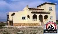 Alicante, Costa Blanca, Spain Villa For Sale - 4 Bed Detached Villa with Pool - SO147