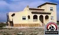 Alicante, Costa Blanca, Spain Villa For Sale - 4 Bed Detached Villa with Pool - SO147