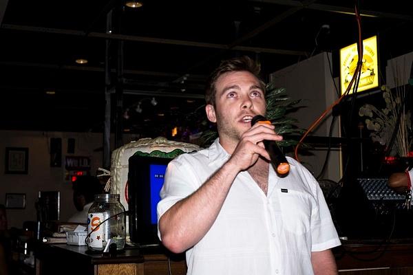 Karaoke_020 by LoreliAlviz