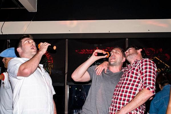 Karaoke_021 by LoreliAlviz