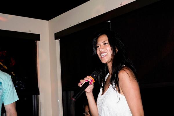 Karaoke_037 by LoreliAlviz
