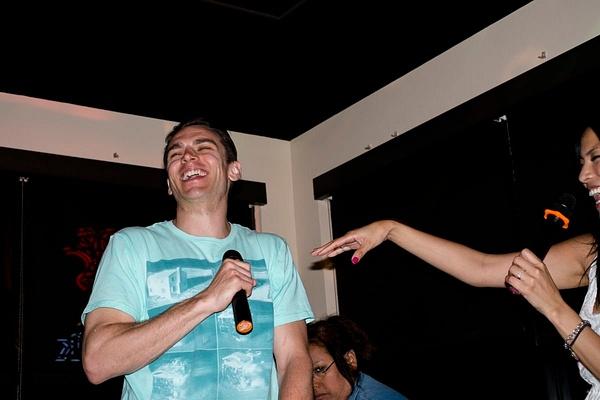 Karaoke_039 by LoreliAlviz