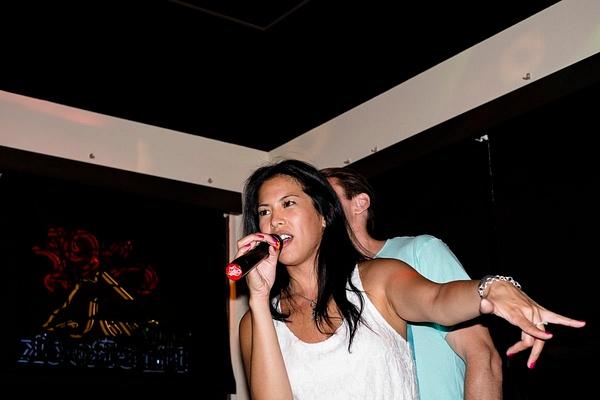 Karaoke_042 by LoreliAlviz