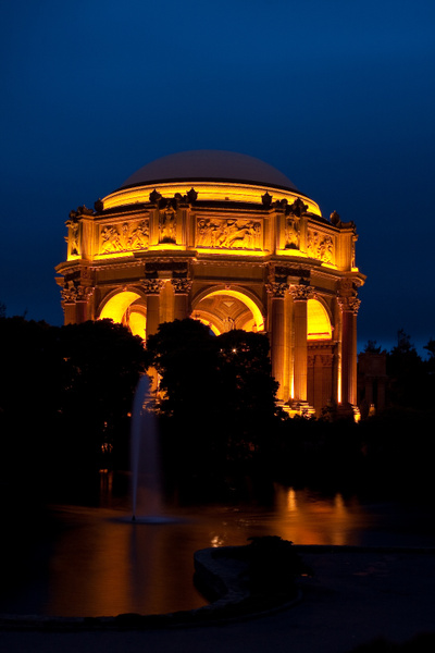 Palace of Fine Arts Rotunda @ Night by j0ser