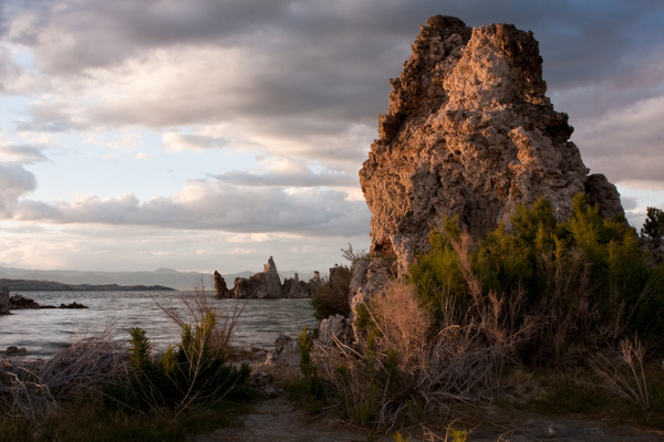 Tufa Sunset by j0ser