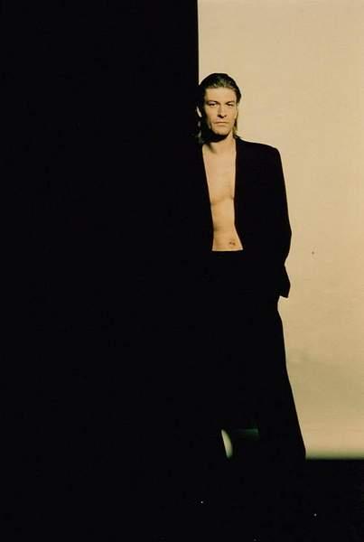 shirtless5