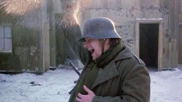 WAR_REQUIEM-47