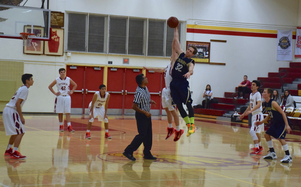 Varsity, JV, & Frosh vs Calvary Chapel 1/14/15 by Robert Pettingill
