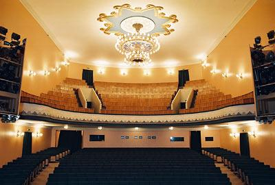 LV - PUSHKIN THEATER