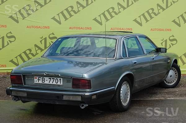 jaguar-xj12-1-3.800