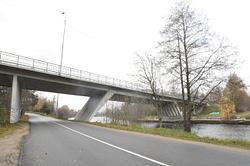 BRIDGE - STUNT