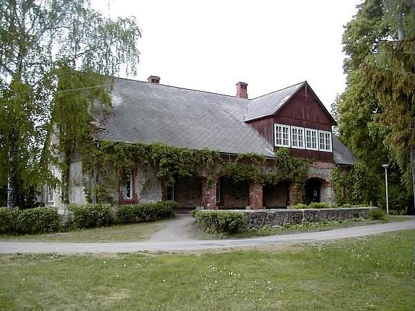 Lielvārde,_A._Pumpura_muzejs_2000-05-20