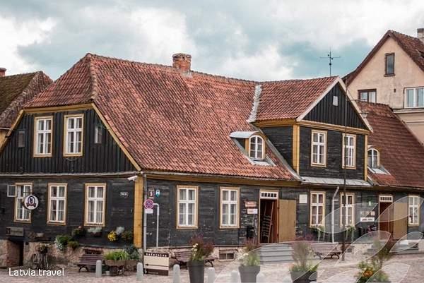 kuldigas-turisma-informacijas-centrs-kristine-neimane