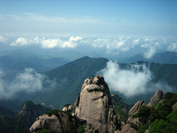 HuangShan 200 LotusPeak by StefsPictures