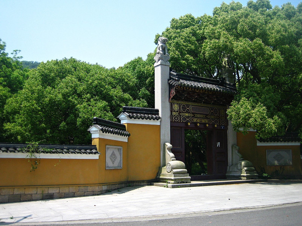 PutuoShan PrivatEntrance 074 by StefsPictures