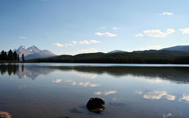 Rocky Mountains - Maligne Lake