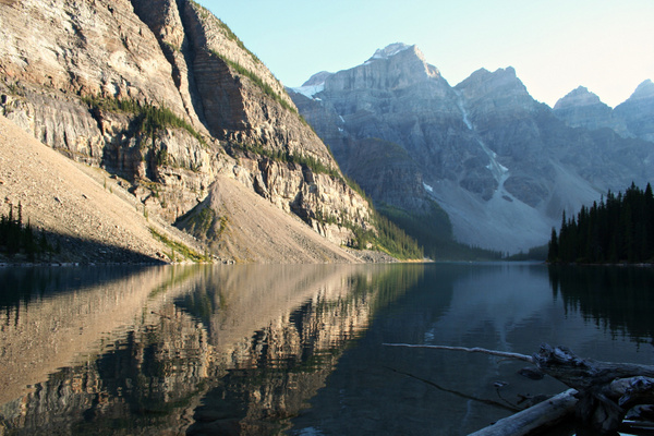 Rocky Mountains - Lake Moraine by StefsPictures