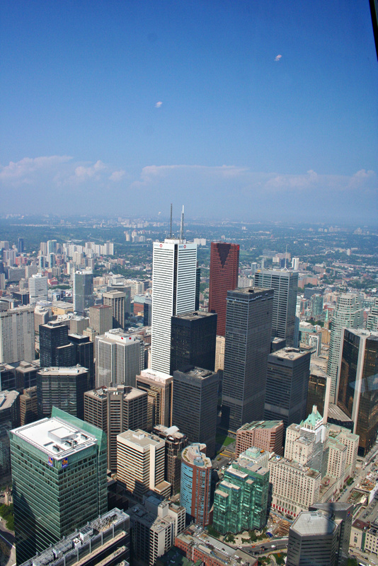 Toronto 208